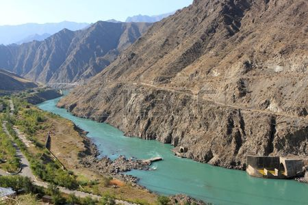6082067-the-naryn-river-rises-in-the-tien-shan-mountains-in-kyrgyzstan-central-asia