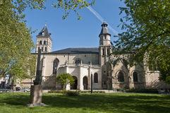 basilica-saint-seurin-bordeaux-france-16864484
