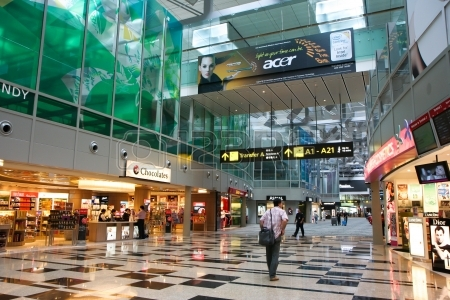 14514641-shopping-centers-in-changi-international-airport-singapore