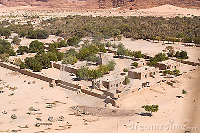 desert-village-chad-north-africa-7925321