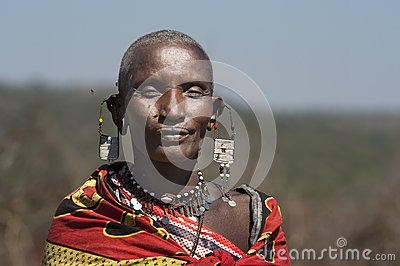woman-massai-tribe-tanzania-having-fun-toghether-32202284
