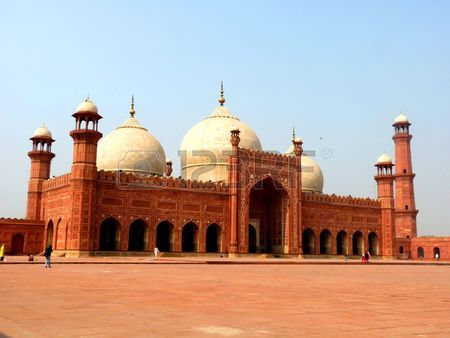 6270206-badshahi-mosque-lahore-pakistan-one-of-the-most-famous-landmarks-and-tourist-destination-of-pakistan