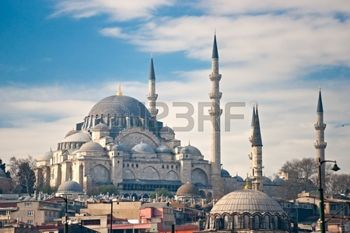 8784949-the-beautiful-s-leymaniye-camii-istanbul-turkey