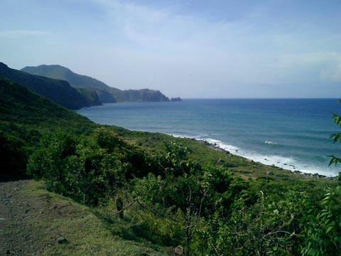 Montserrat_coastal_cliffs